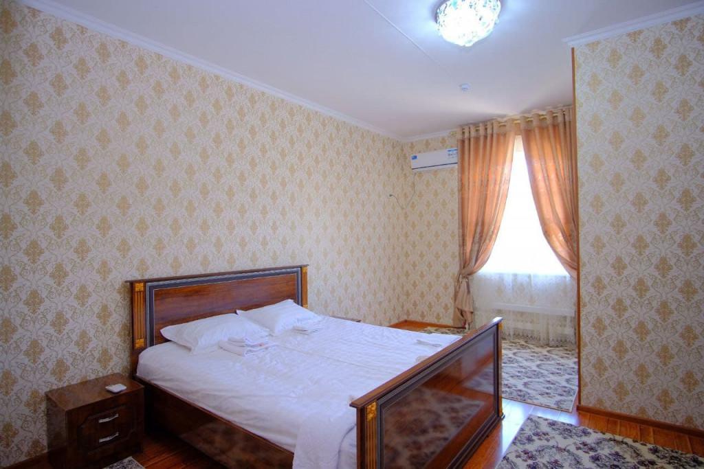 Room 4290 image 41378