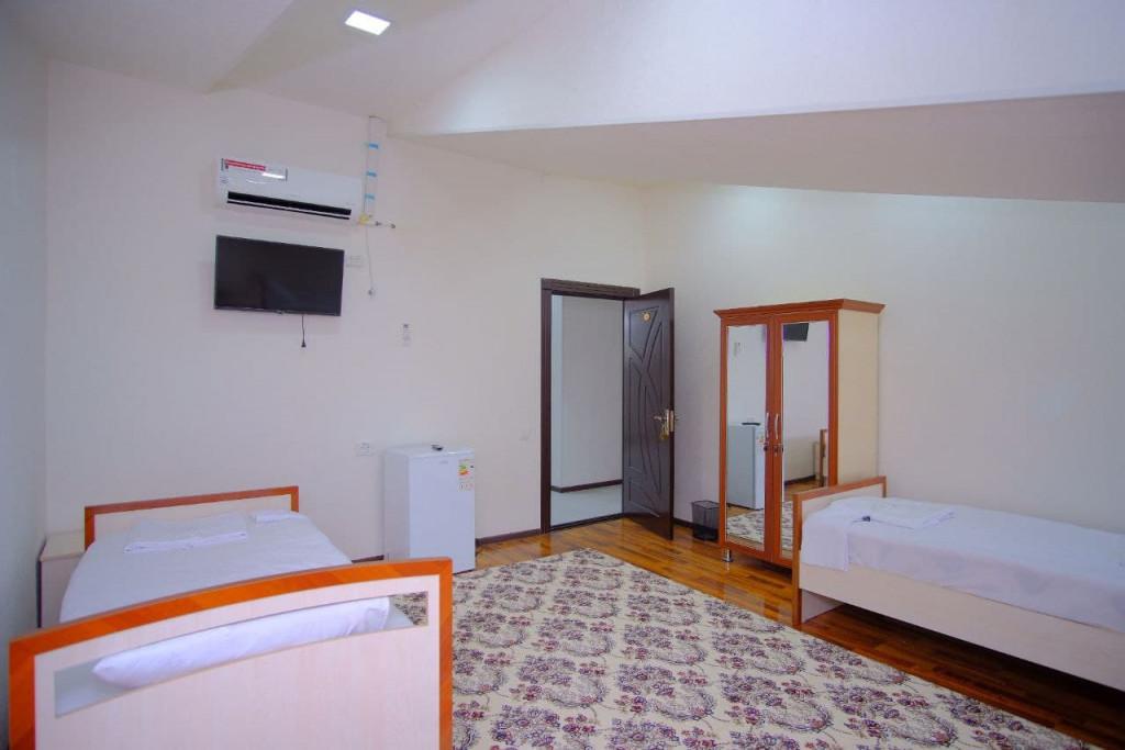 Room 4293 image 41386