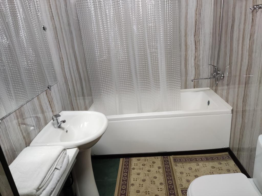 Room 4365 image 42360