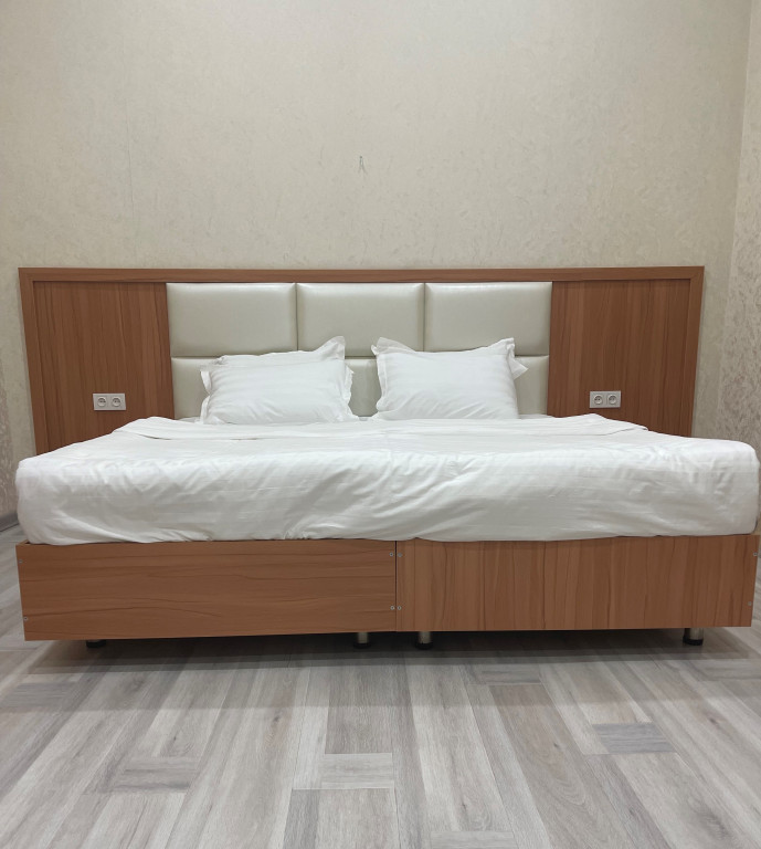 Room 4417 image 43029