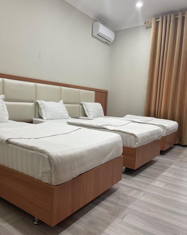 Room 4419 image 43045