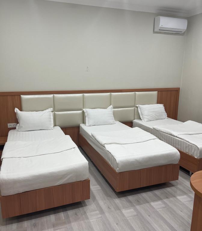Room 4418 image 43046