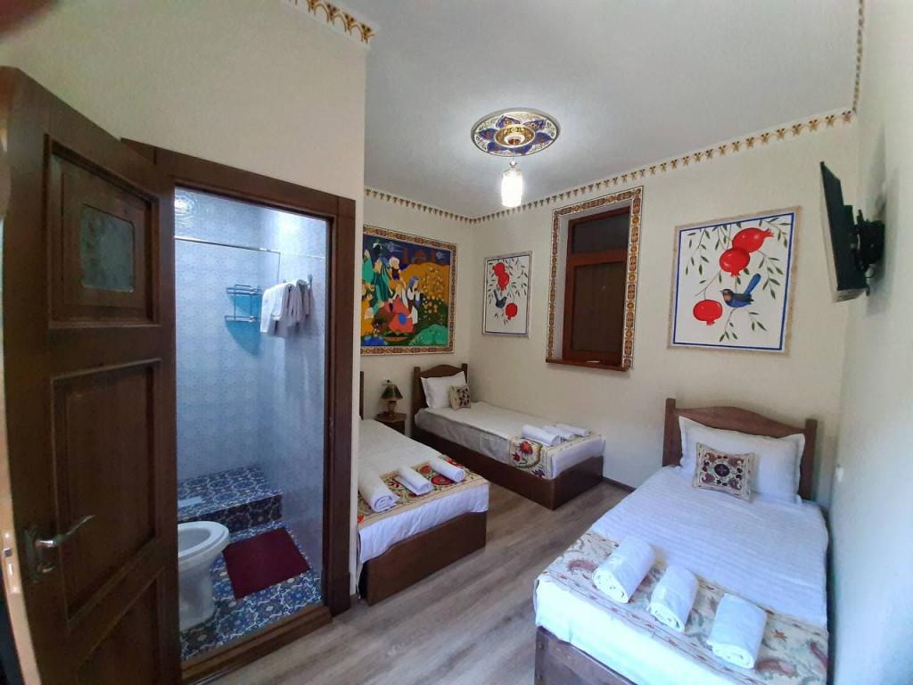 Room 4403 image 42793