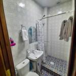 Room 4402 image 42796 thumb