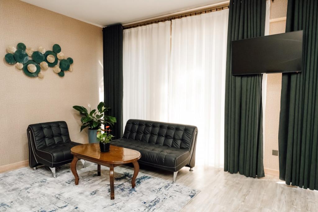 Room 4477 image 43759