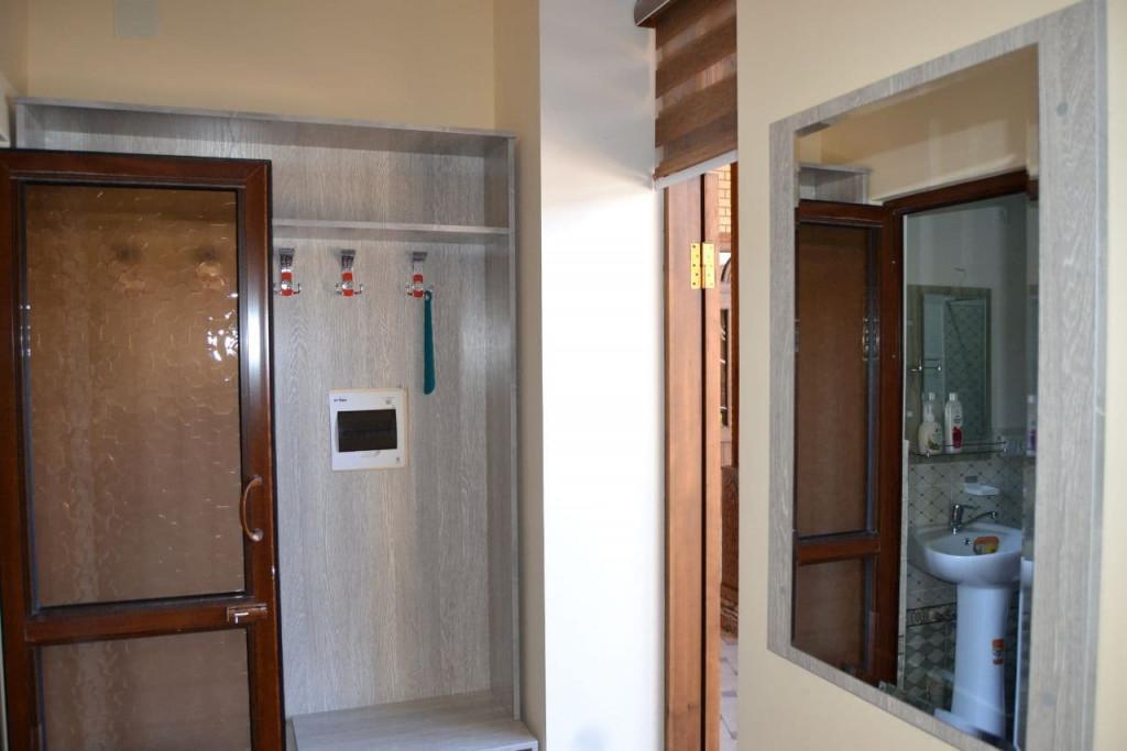 Room 4493 image 43854