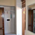 Room 4493 image 43854 thumb