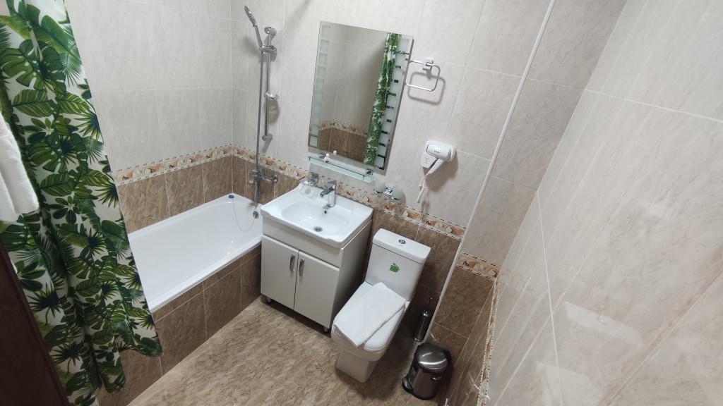 Room 4504 image 43979