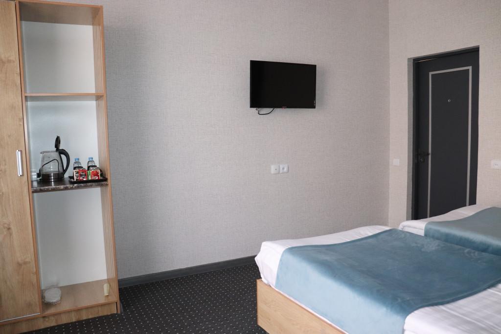 Room 4512 image 43913
