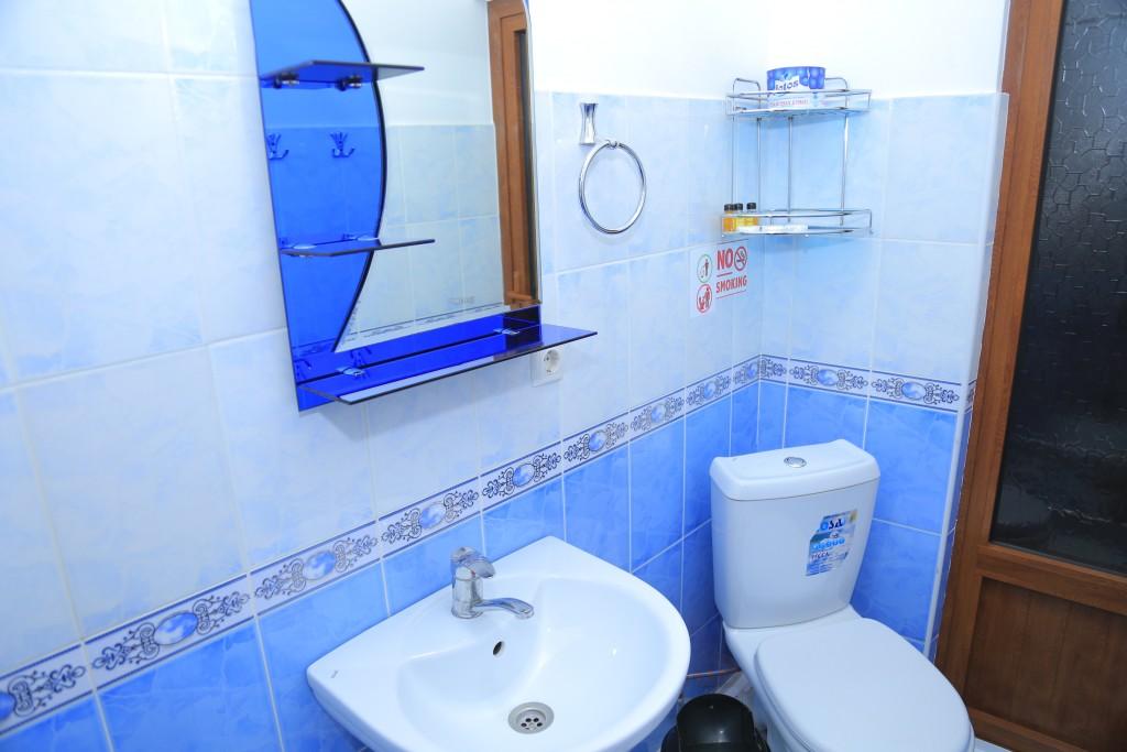 Room 607 image 15259