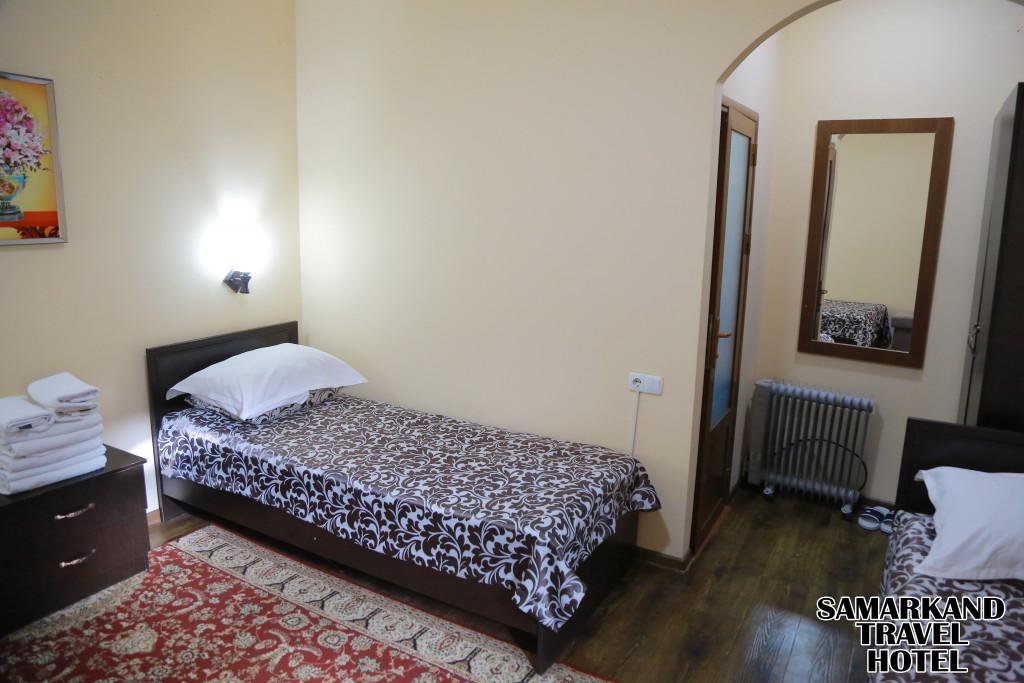 Room 608 image 32191
