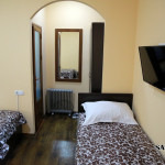 Room 608 image 32192 thumb