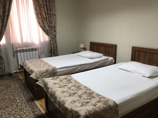 Lake Park Hotel - Image