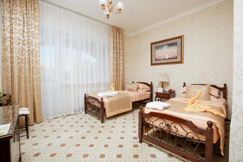 Room 580 image 19450