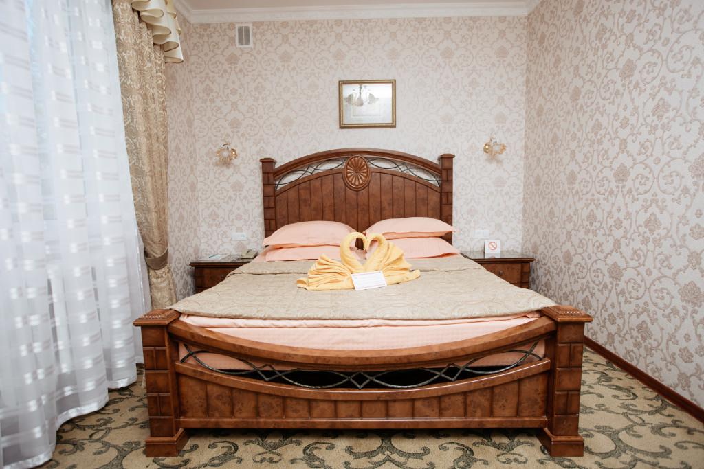 Room 581 image 19455