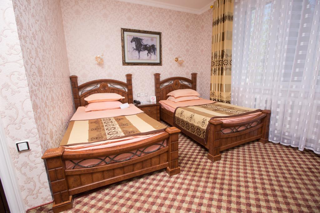 Room 580 image 19460