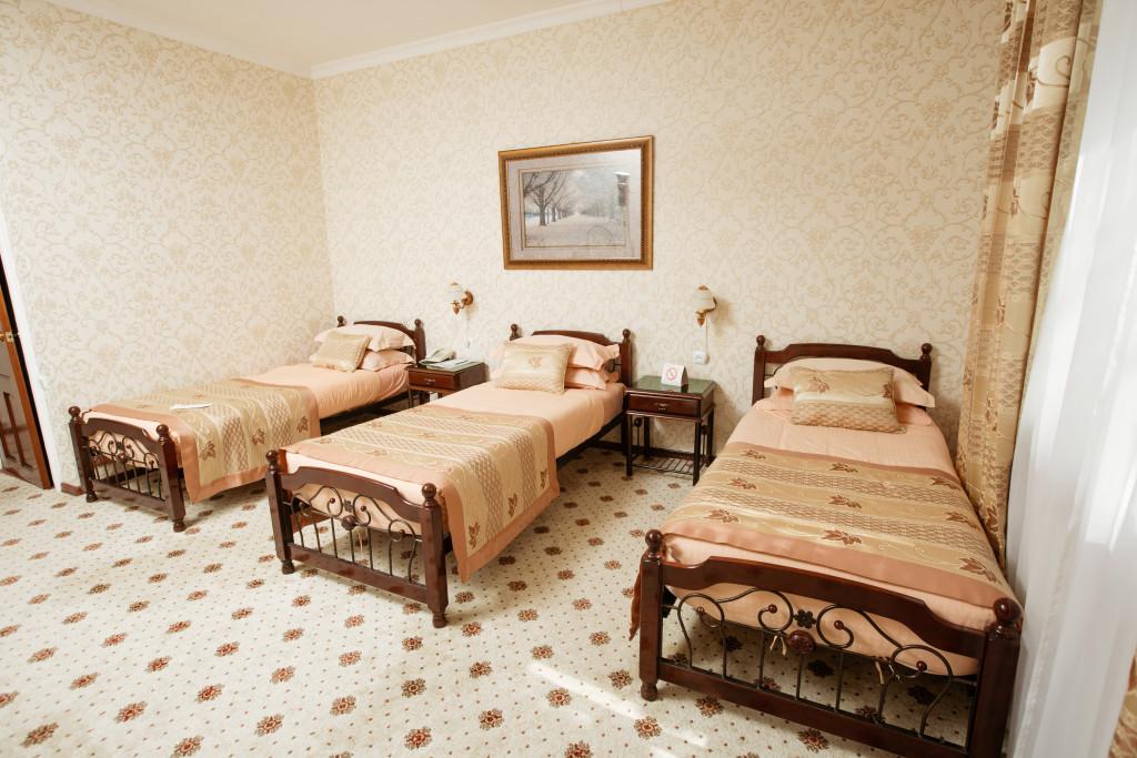Room 582 image 19468