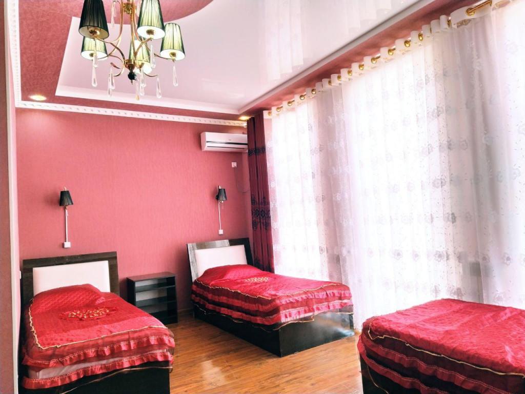 Room 82 image 34658