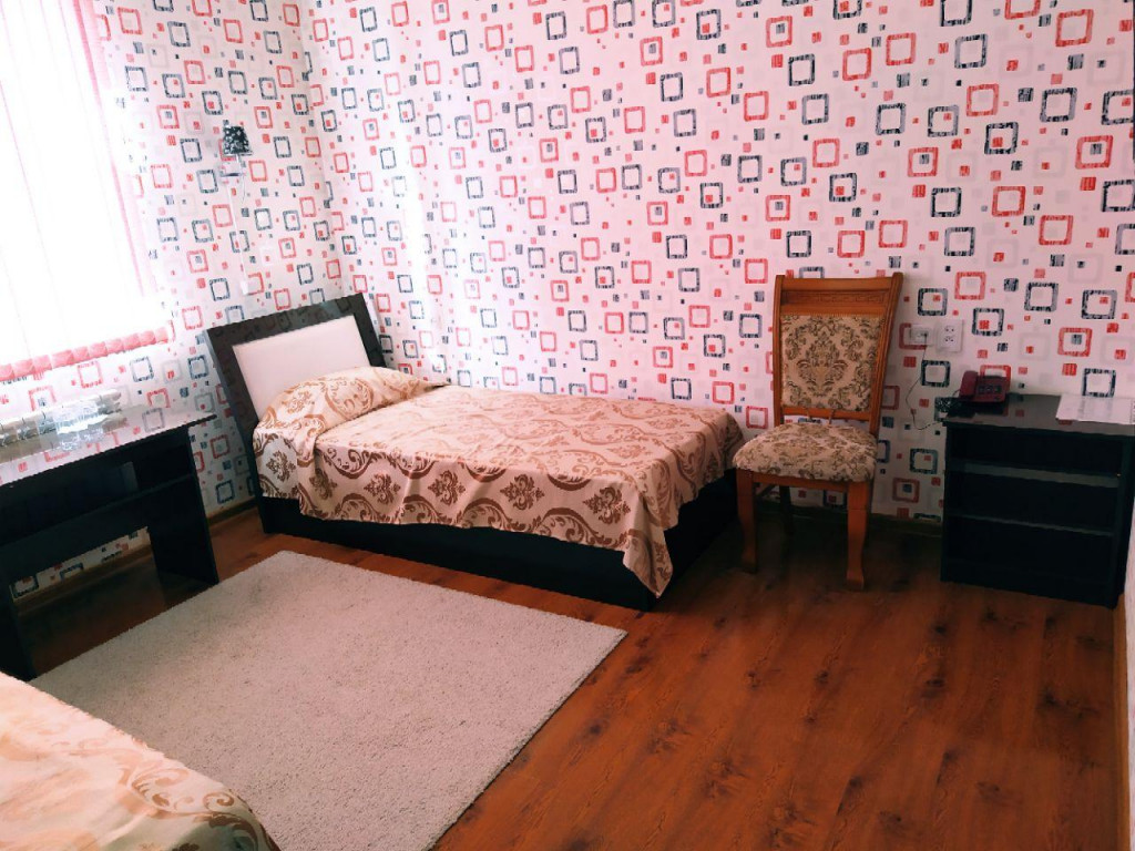 Room 80 image 34659