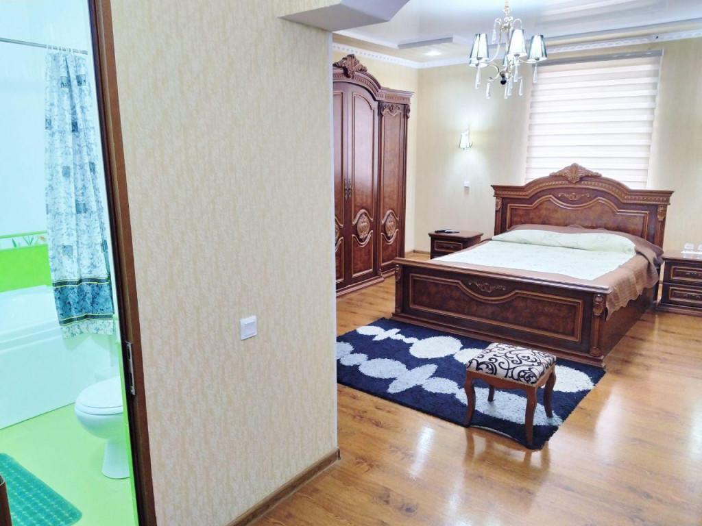 Room 81 image 34670