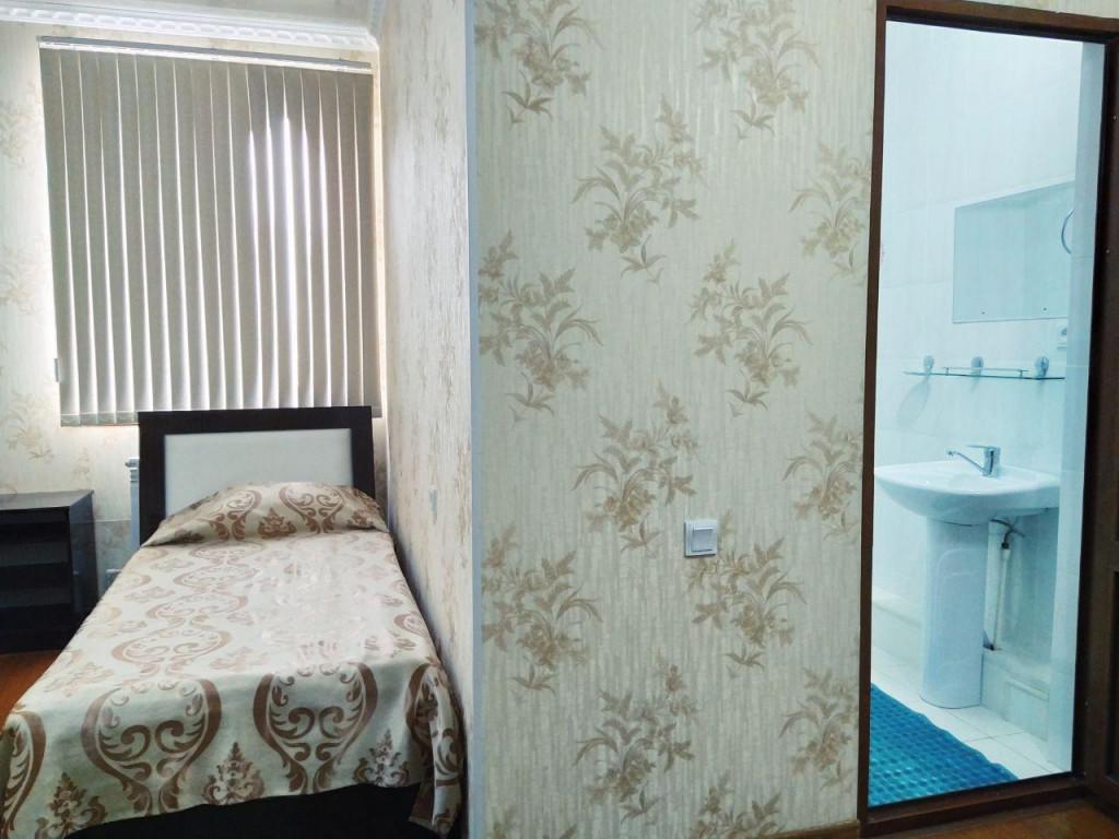 Room 80 image 34674