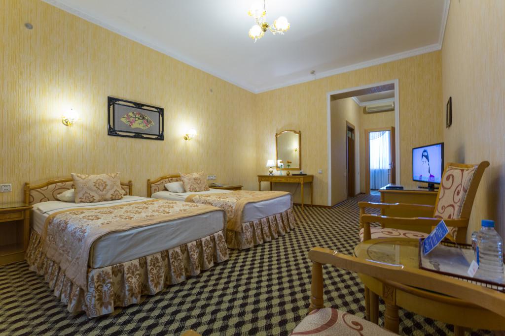 Room 379 image 32544
