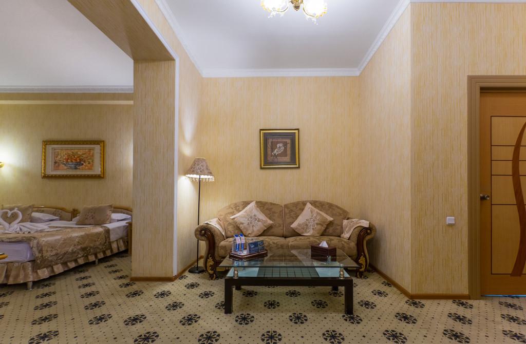 Room 382 image 32578