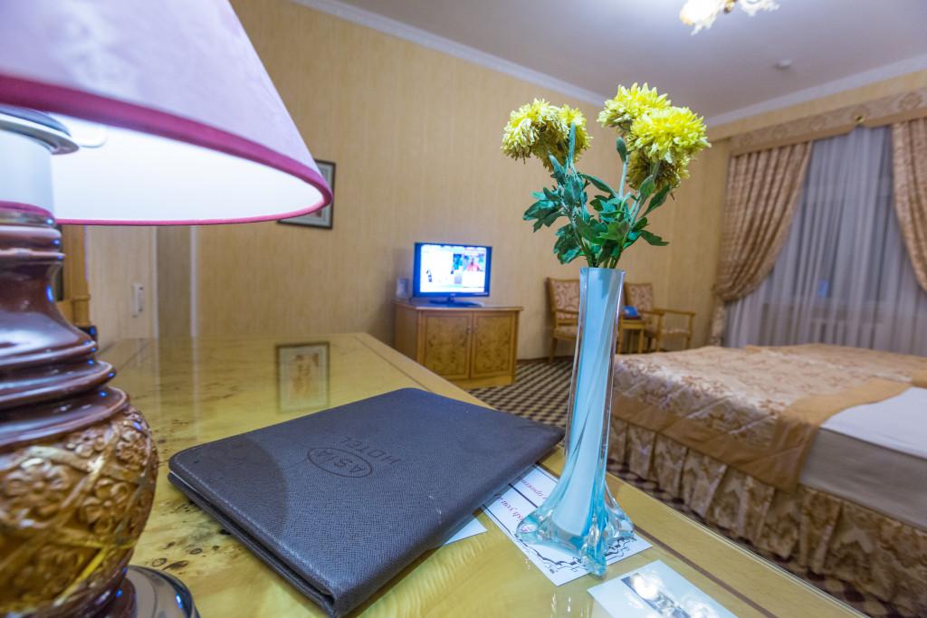 Room 382 image 32595