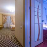Room 382 image 32605 thumb