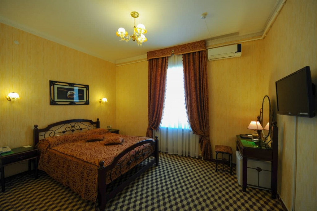 Room 378 image 37987