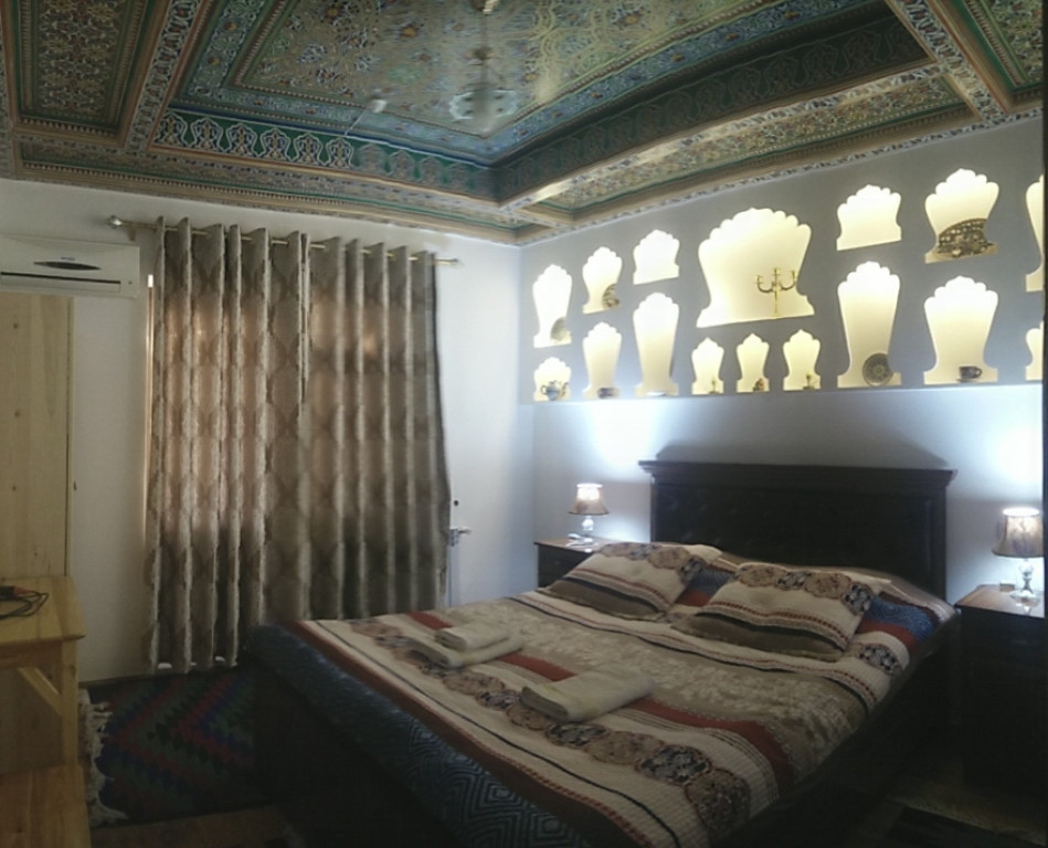 Room 261 image 37025