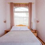 Room 302 image 26580 thumb