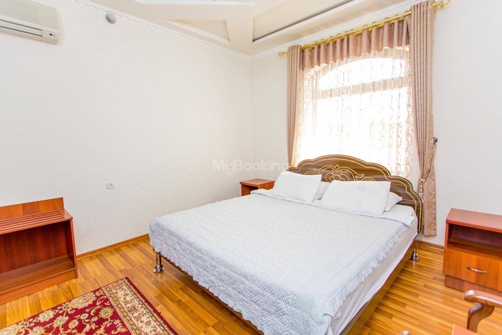 Room 304 image 26618