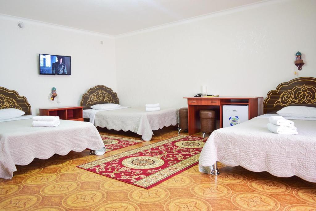 Room 306 image 26990