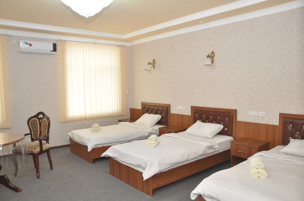 Room 325 image 42632