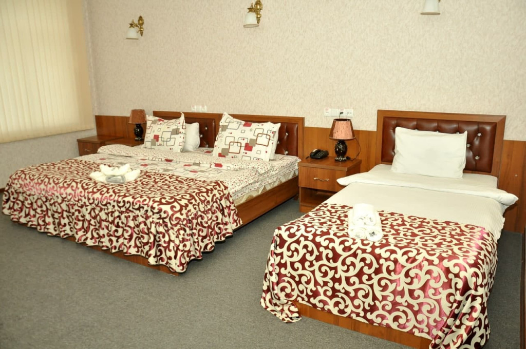 Room 325 image 42652