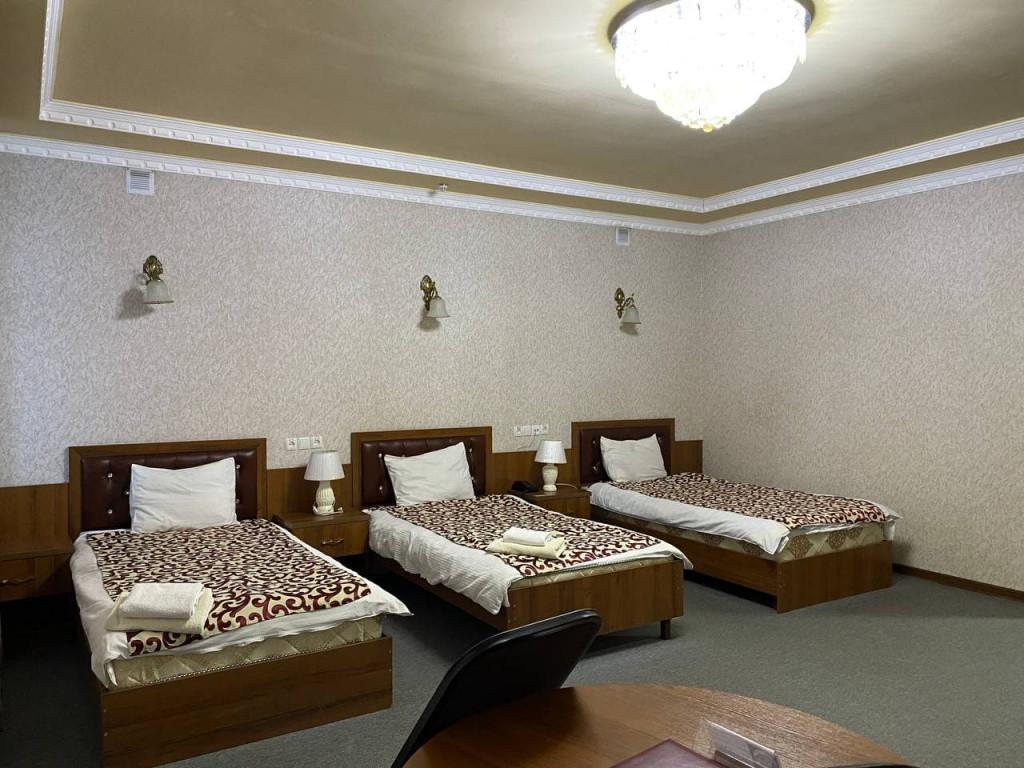 Room 325 image 42674