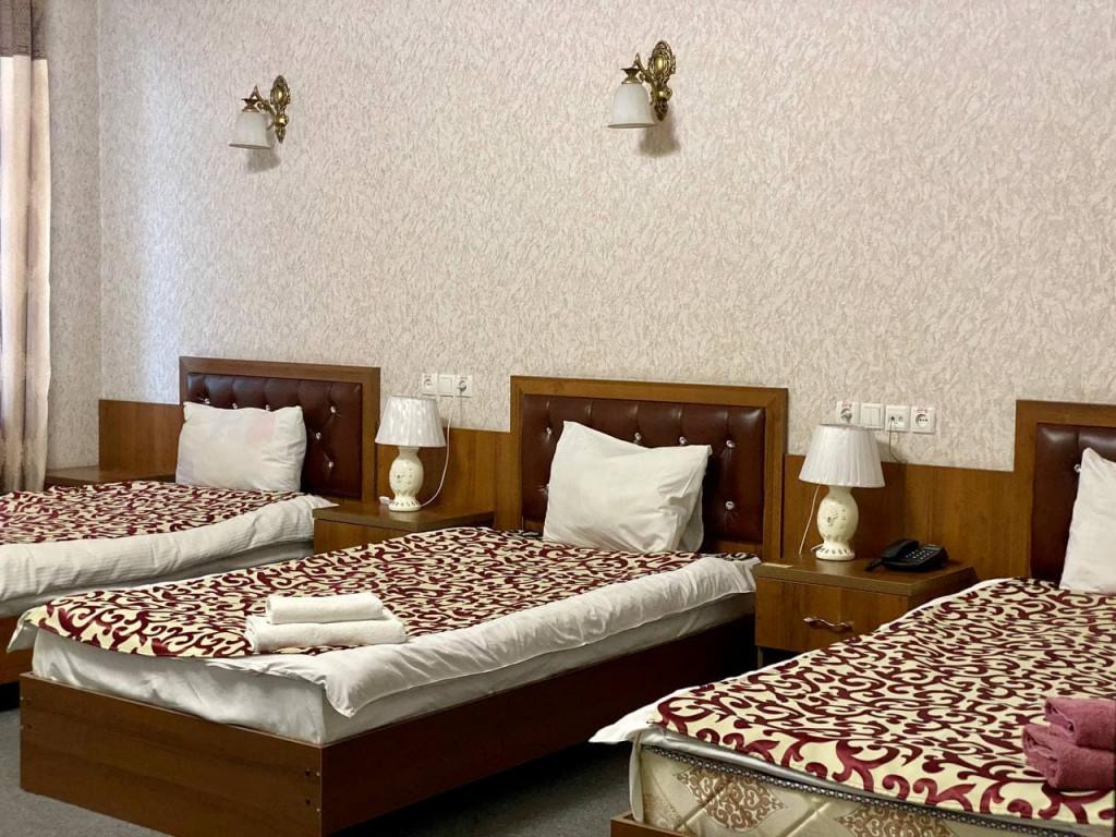 Room 325 image 42681