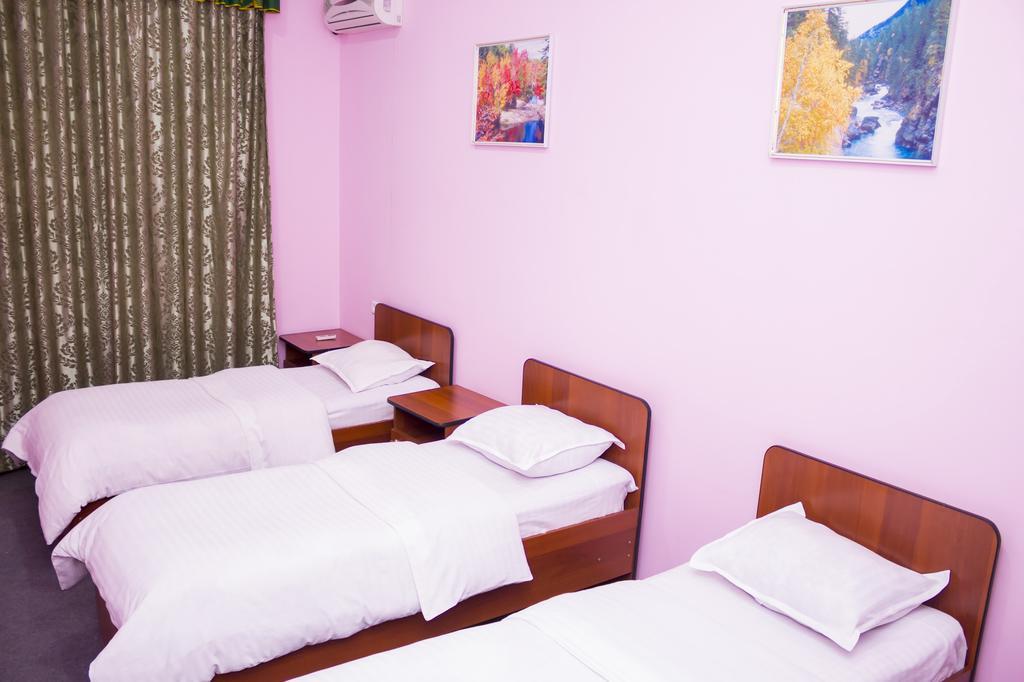 Room 330 image 19140