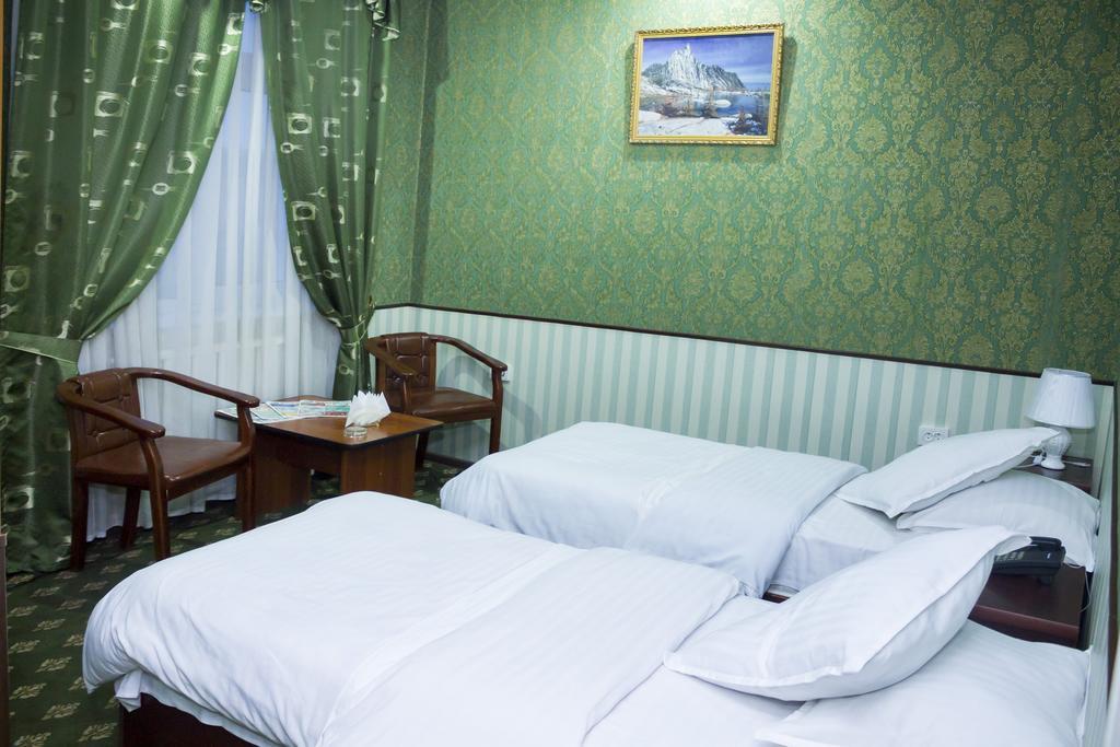 Room 329 image 26143