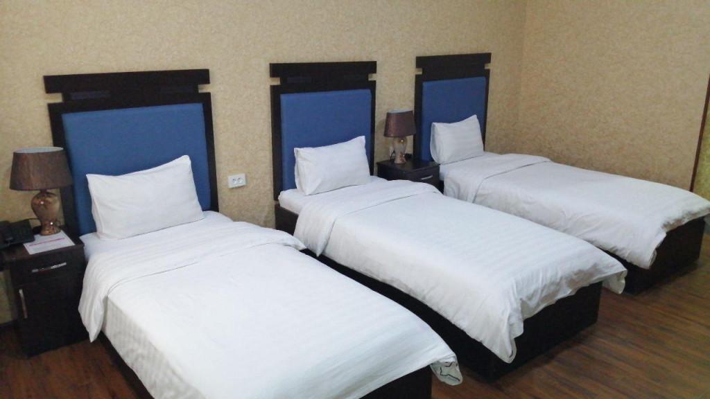 Room 449 image 35180