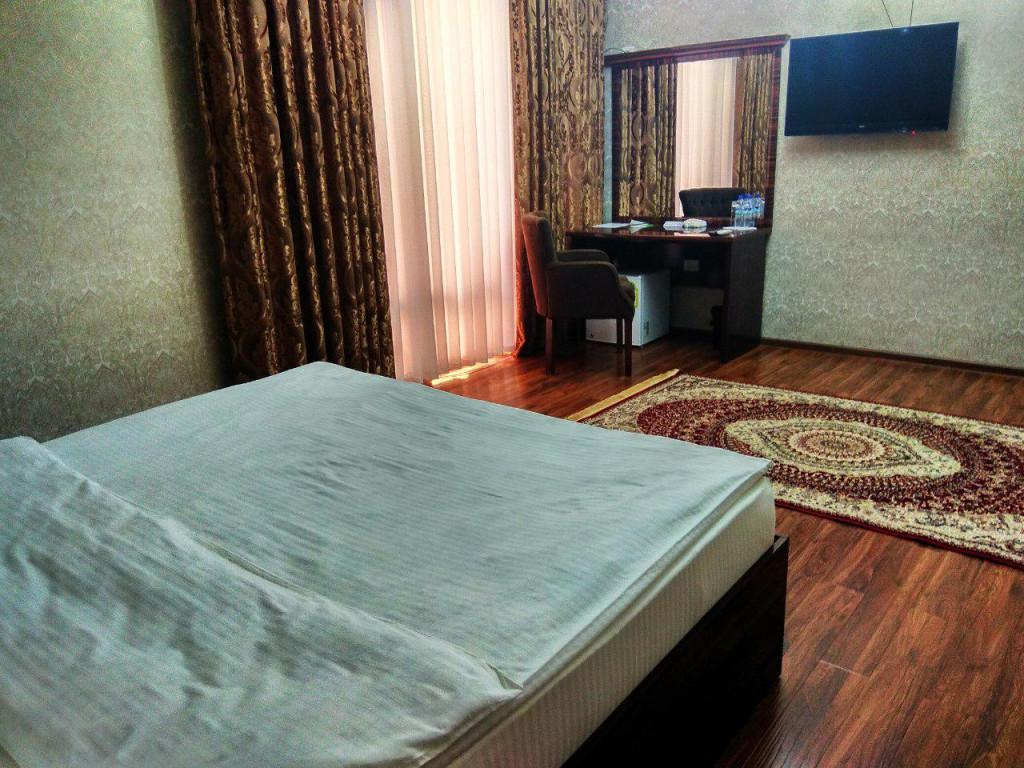 Room 3673 image 35188