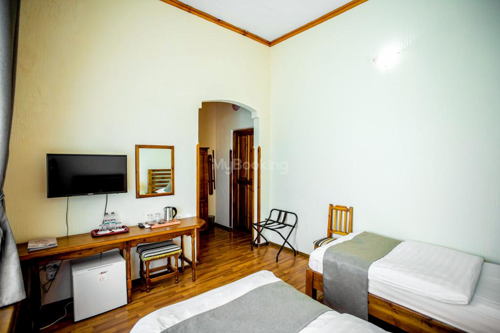 Room 671 image 26837