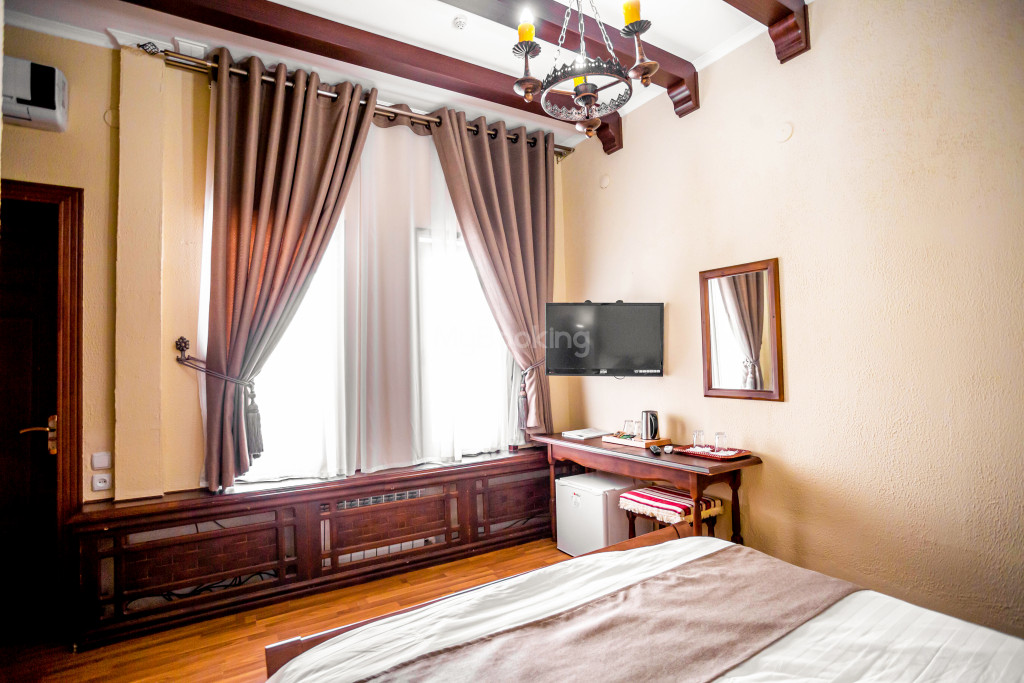 Room 671 image 26875