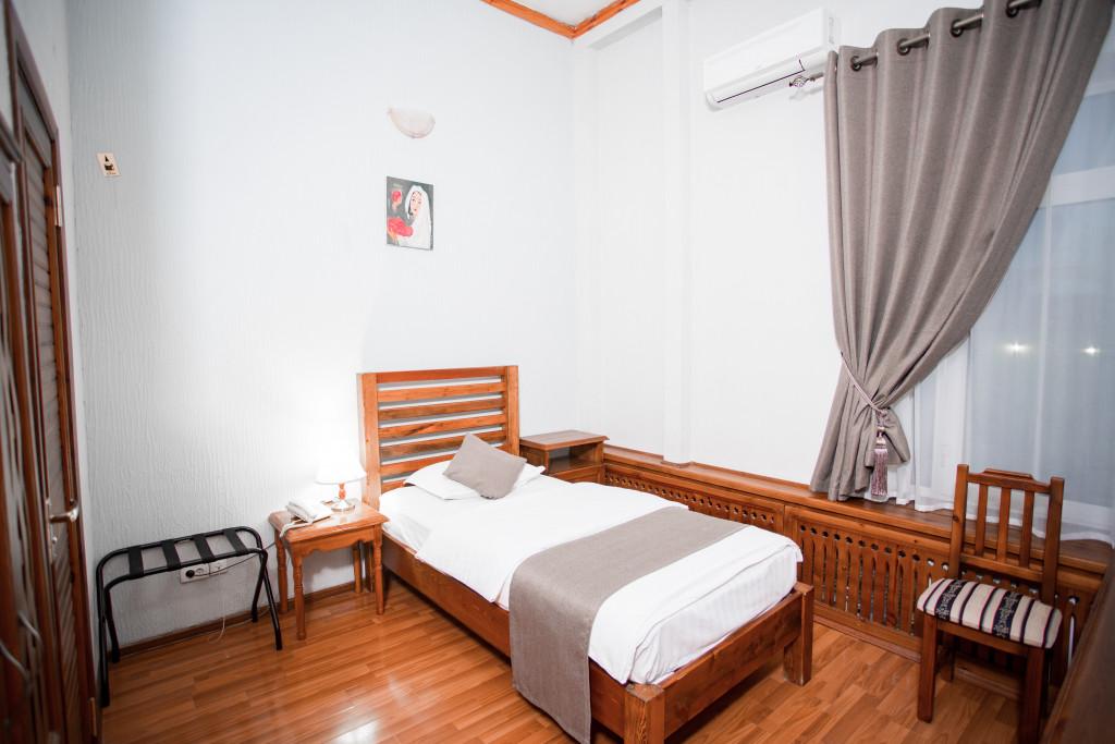 Room 670 image 27394