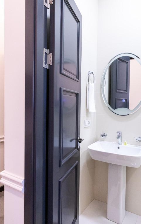 Room 841 image 38167
