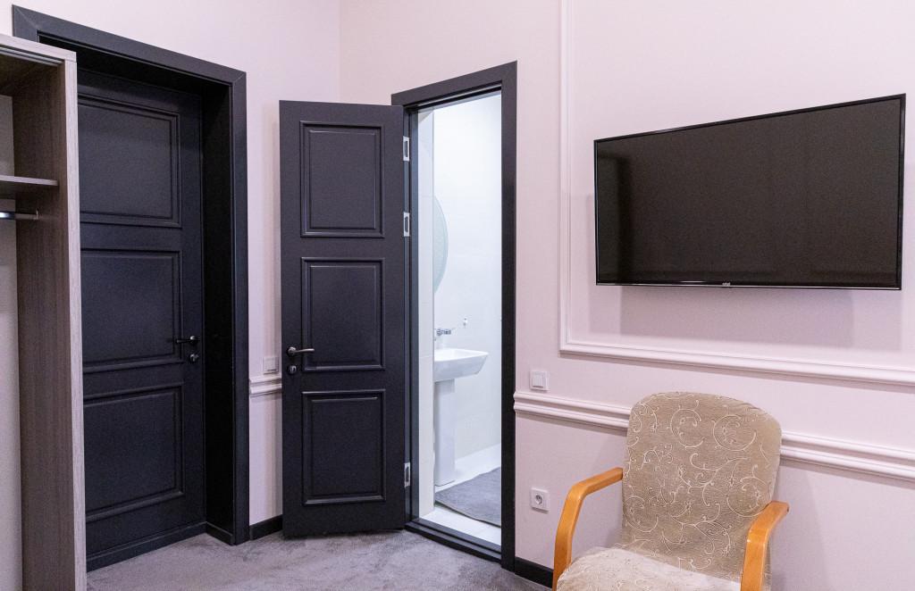 Room 854 image 38181