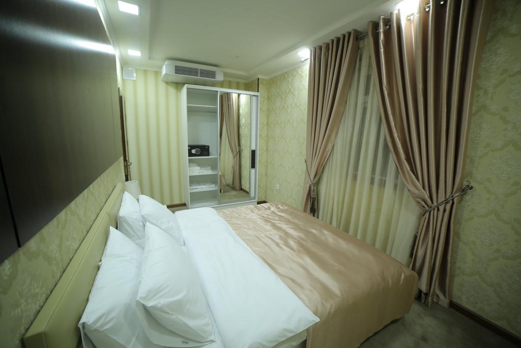 Room 4241 image 40918