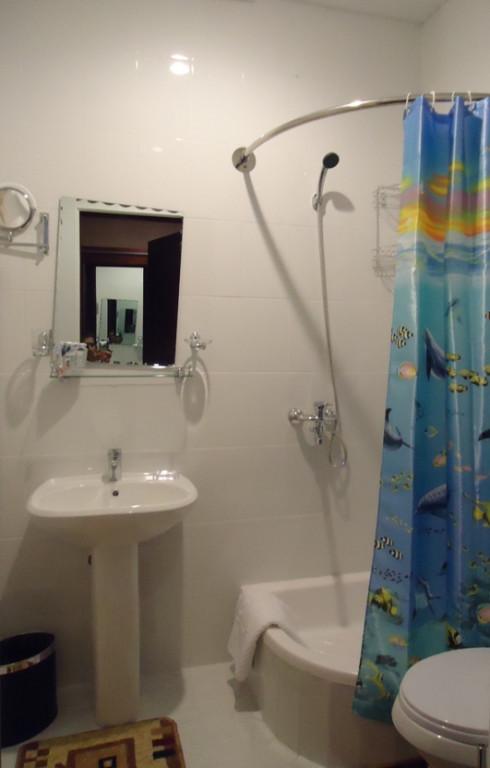 Room 1032 image 29173