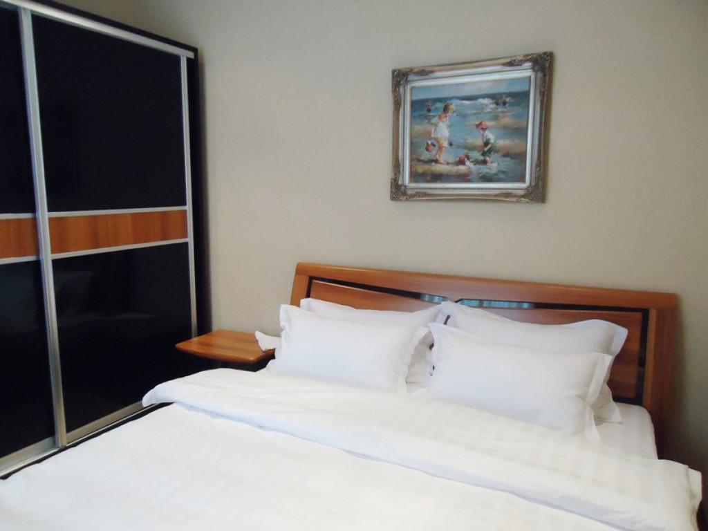 Room 1034 image 29181